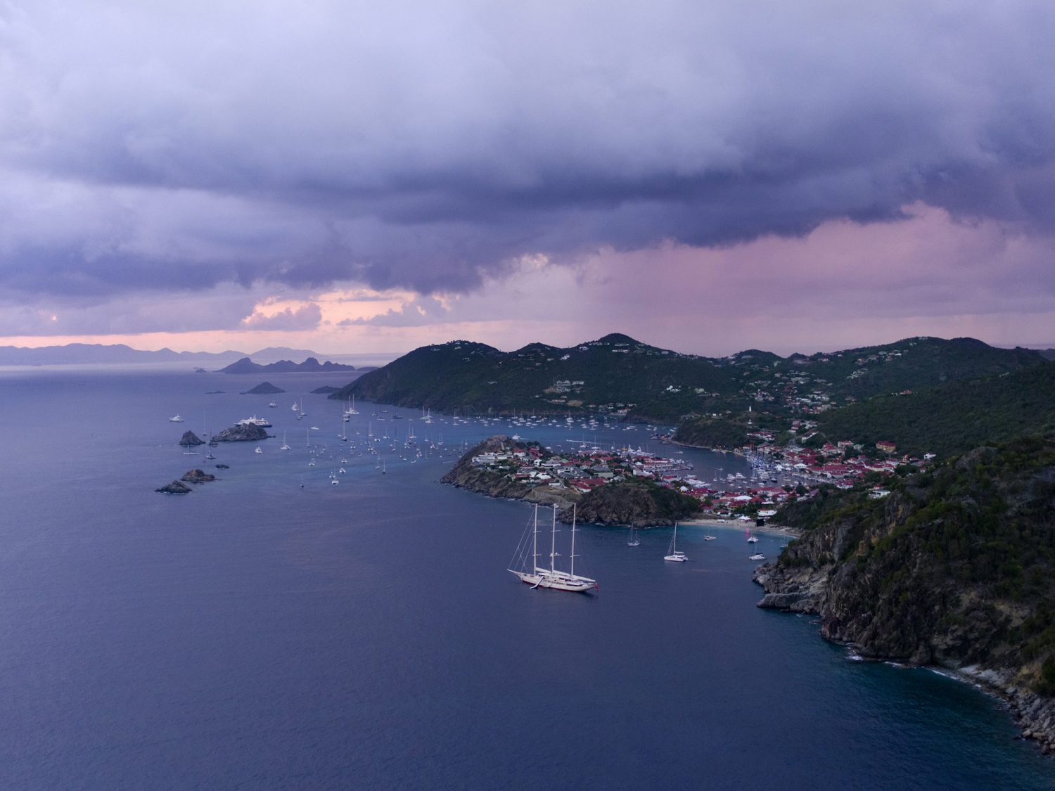 aerial photography of Gustavia St Barth from plane by french photographer Stéphane Scotto